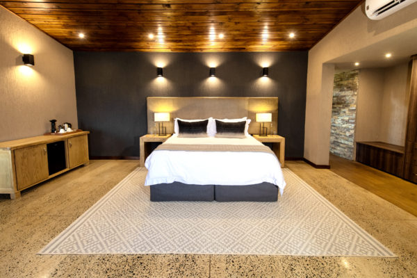 Main Lodge Luxury Suite_2